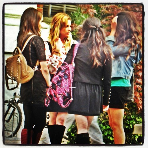 We're obsessed with the Liars' outfits in this behind-the-scenes pic! REBLOG if you can't wait to see all-new fashion when Pretty Little Liars returns Tuesday, June 11!