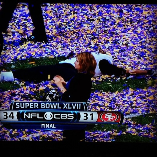 smheffern:  This may be my favorite #superbowl moment ever. Congrats, #Ravens! #snowangel  Wooot!