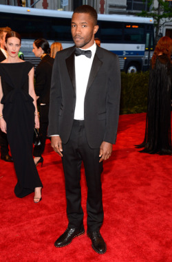 gq:  The Best-Dressed Man at Last Night's Met Gala was Frank Ocean Leave it to Frank to hit the right note on a night when so many guys' looks fell flat.  Chicness