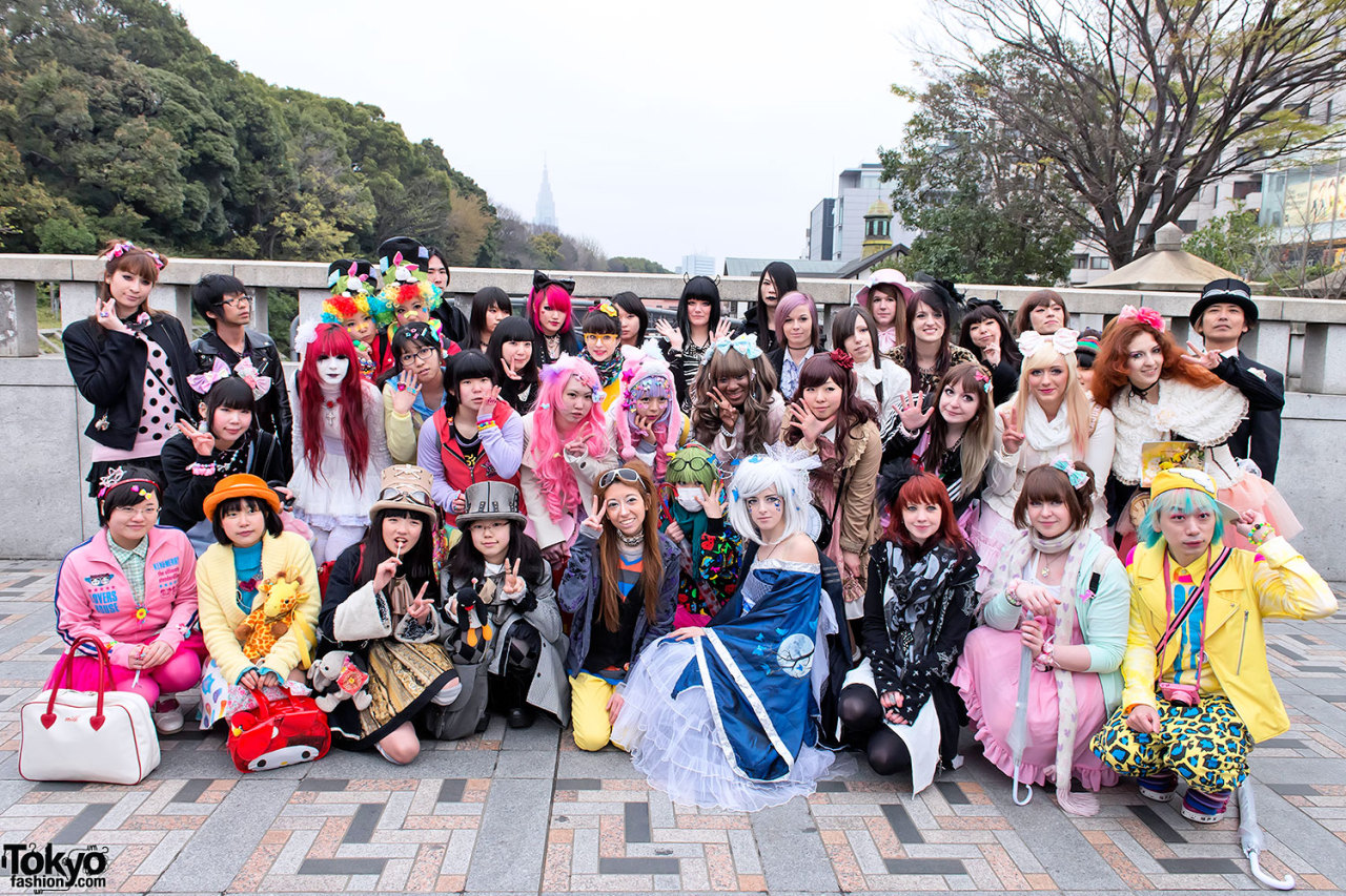 Jingu Bashi group shot from last weekend's Harajuku Fashion Walk.
