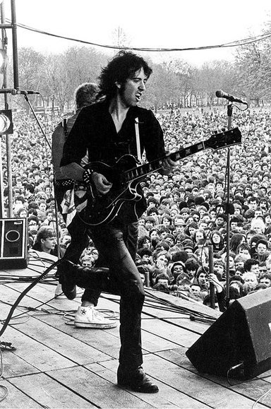 Mick Jones of The Clash on stage in London's Finsbury Park for 1978's Rock Against Racism