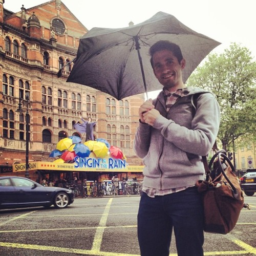 Singin' in the Rain was #brilliant! I live for #genekelly. #westend #london  (at Palace Theatre)