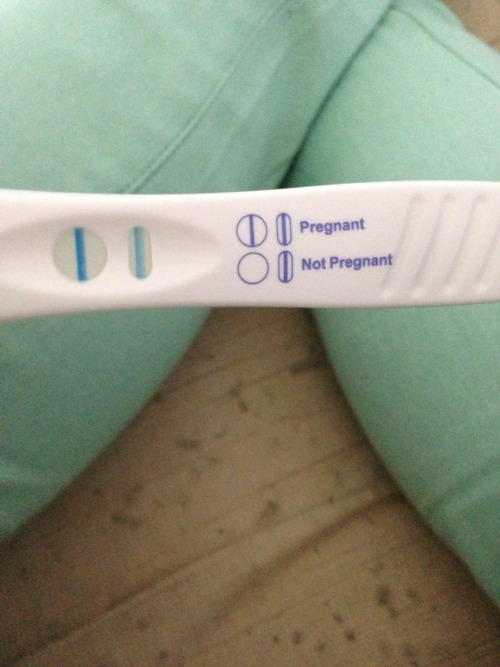 sexweedcash:  So Yesterday I Found Out Im Gonna Be A Mommy :-/ :-)