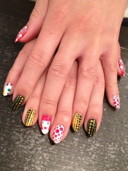 rumpshaker:  marie nails
