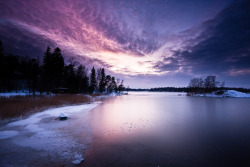 simplynorule:  Velvet Reflections on Ice by MikkoH77