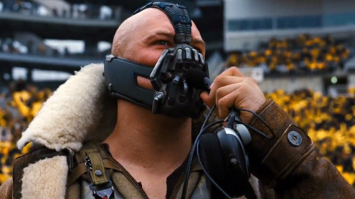 laughingsquid:  Bane Outtakes, Dark Knight Parody With Diet Advice & a Freestyle Rap  Yummy!