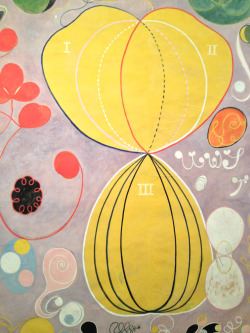 Close-up from Hilma af Klint at moderna museet Stockholm. Many thoughtful beauties and a few phases of rotten work… Being ahead of your time doesn't mean you don't make mistakes too.
