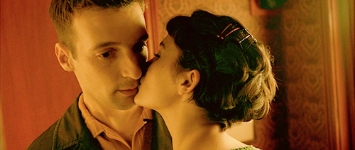 py-t:   Amelie (2001)  I want to do this to you