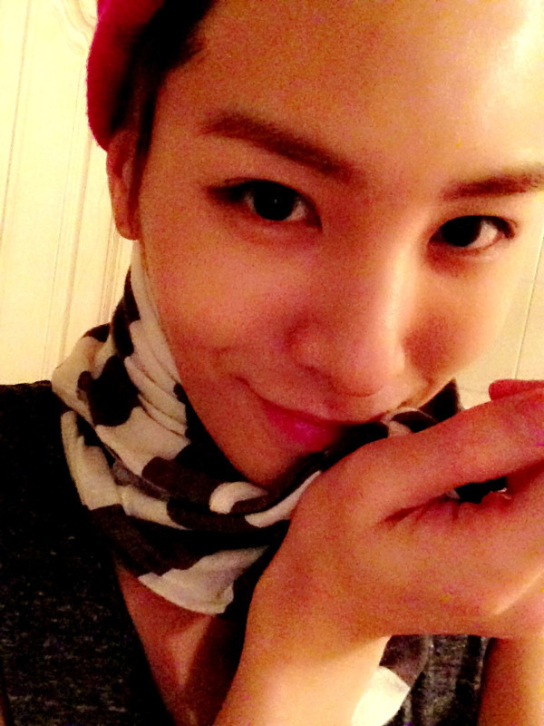 "NO MIN WOO @ROCKOUT529""샤워를 하겟다 오바 ☃""  Twitter update 24 JAN 13 [Trans] I'm going to shower ☃  trans by THAI_HWANJAS Can i join you? lolx"