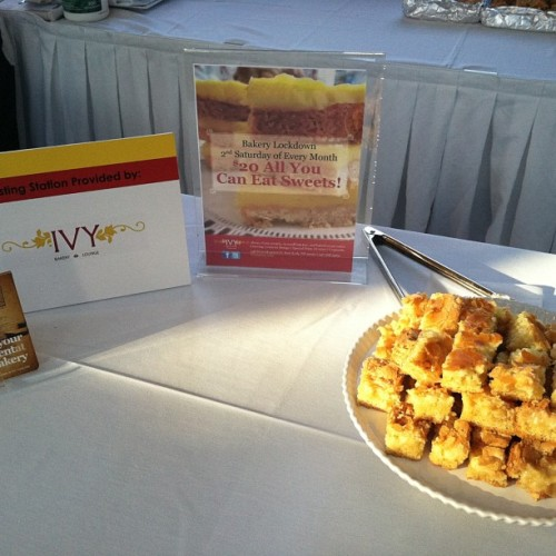 Butter Gooies at Maryland Alumni Event #ivybakery #desserts #sweets #baked  (at Tribeca Rooftop)