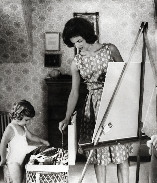 vintagegal:  Jacqueline Kennedy with daughter Caroline
