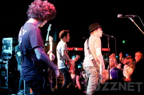 Some thoughts on Fall Out Boy at The Roxy. http://buzznet.com/~65bcd47 Photo by Kate Cordova