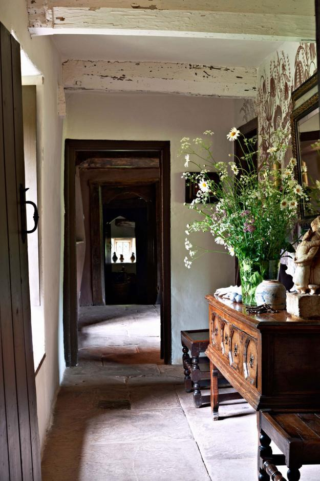 foxontherun:  (via Arne Maynard's Rustic Home in Wales, Photo Gallery | Garden Design)