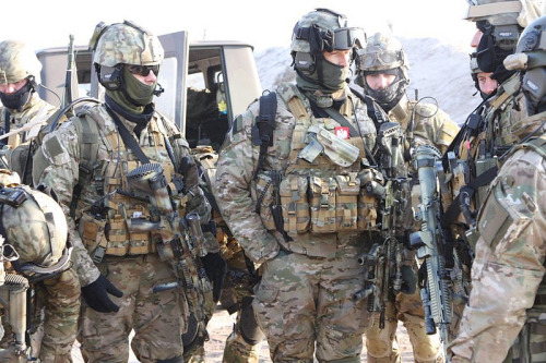 onceandonce-again:  Polish Spec Ops  Polish Special Forces Operators from GROM training for a deployment to Afghanistan (via)