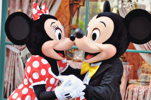mermaidminnies:  Mickey and Minnie on Flickr.