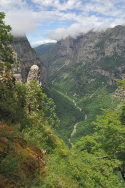 Vikos Gorge By brickdav