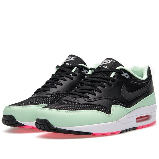 "We have these Air Max 1 ""Yeezy"" colorway restocked in Victoria. These go hard! #nike #airmax #max1 #yeezy #cmplx #yyj (at Complex)"