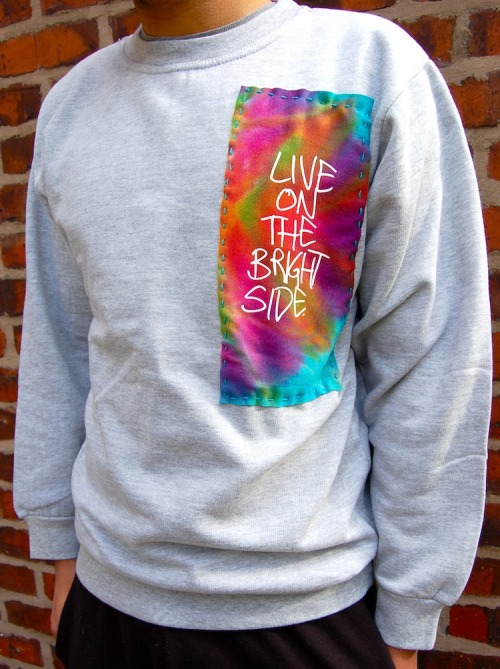 zkhlq:  NEW SWEATSHIRTS! SUPER LIMITED, GET YOURS AT http://keepitbright.bigcartel.com/
