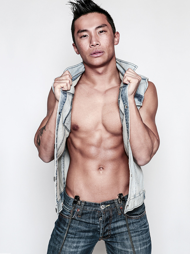 Male Fitness Model Joe Ng