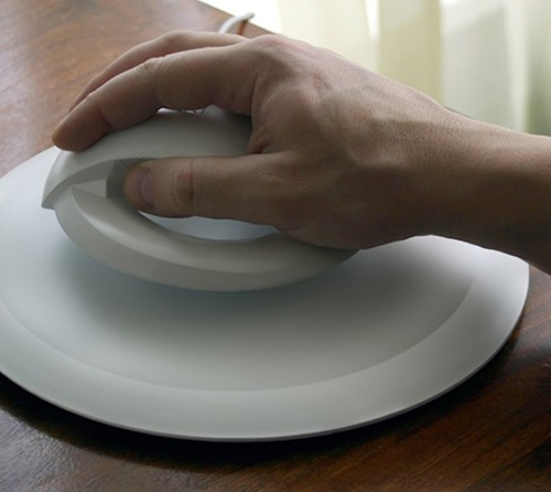 "gimme-souls:  lickypickystickyme:  The Levitating Wireless Computer Mouse ""The Bat"" by Kibardin Design.A set that consists of a base - mouse pad and floating mouse with magnet ring . One of the goals of this product is to prevent and treat Carpal tunnel syndrome.  The Bat, eh?"