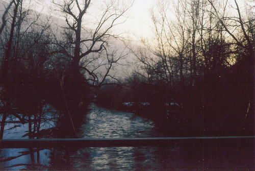 grett:  river prison by lydiagreenaway on Flickr.