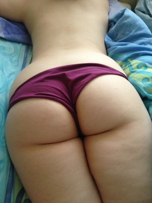 25-ta-life:  I love waking up next to this arse every morning.  Lucky boy..!
