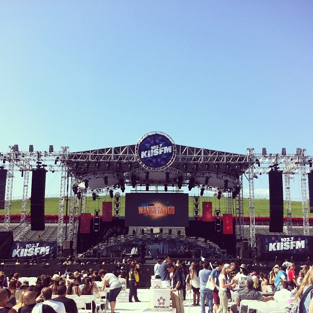Pretty close seats, wouldn't you say? #wangotango #carson #homedepotcenter #row18 #section8 (at The Home Depot Center)