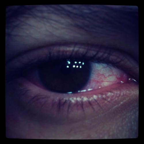 #me #eye #red #fuckedup reminds me to #residentevil4  #ganados #lasplagas #followmaybe?