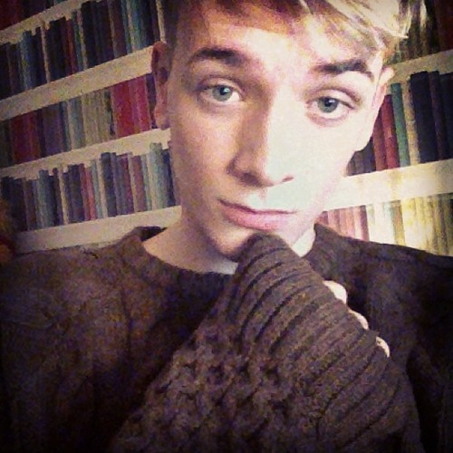 cuteguyss:  me in my woollies! http://ashley-mcloughlin.tumblr.com/