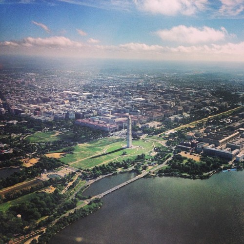socialsurvival:  tedfromtheinternet:  Departing DCA.  I miss you, DC