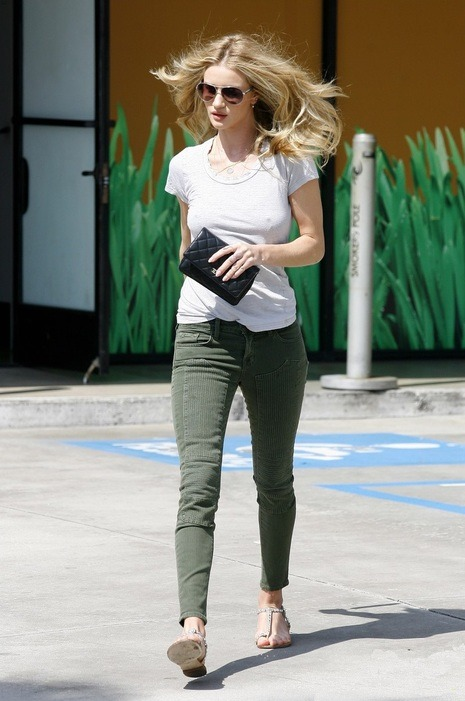 Star Sighting_ Rosie Huntington-Whiteley ready for spring in moto detailed J Brand Jeans, a white tee, and Gold sandals.  Via: Denimology
