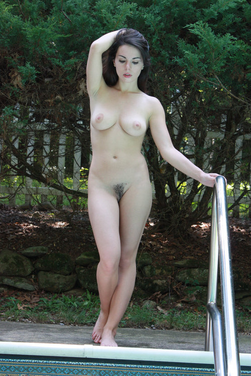 whatmakesmerealhard:   This Blog is dedicated to the beautiful woman who enjoy the Nudist / Naturist lifestyle. http://whatmakesmerealhard.tumblr.com/