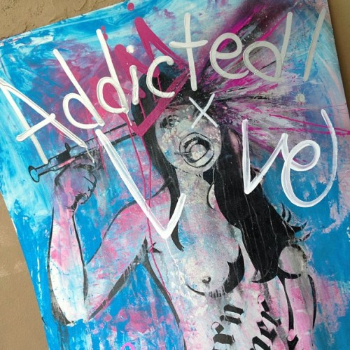 Addicted to Love.. #tmnk #streetart #graffiti #art #urbanart #lovestoriessuck but I'm #addictedtolove