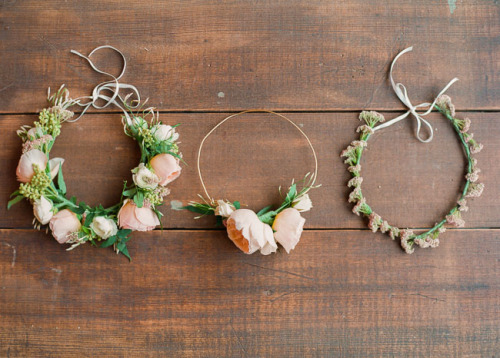 haleycue:  crowcrow:  DIY Spring Floral Crowns  This is exactly what I've been looking for my entire life.