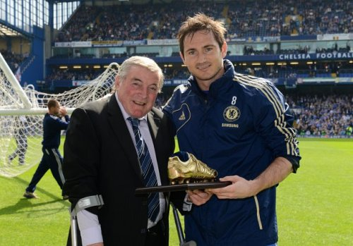 Bonus awesome photo: Frank Lampard with his special award for becoming Chelsea's top scorer, which was presented to him by Bobby Tambling.