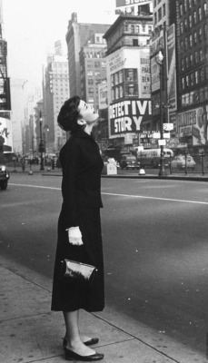 theniftyfifties:  Audrey Hepburn In Times Square, New York City, 1951.