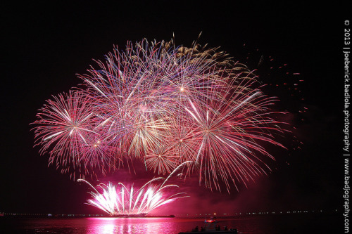 The 4th Philippine International Pyromusical Competition on Flickr.Via Flickr: Italy vs. Netherlandswww.badjography.com
