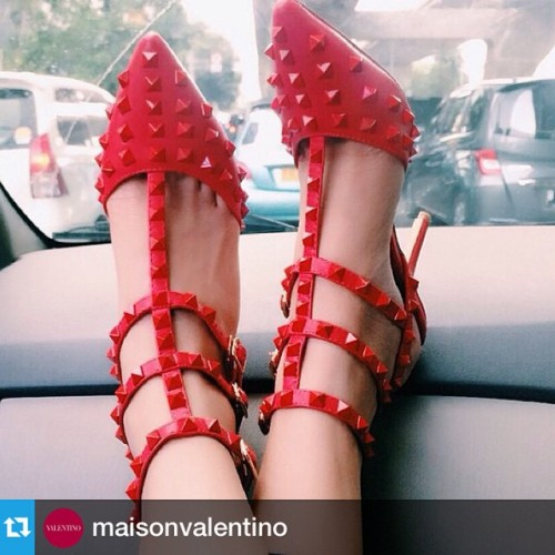 I love it!—-How to ride in style. #red #rockstuds regram from @arl9999 ❤️