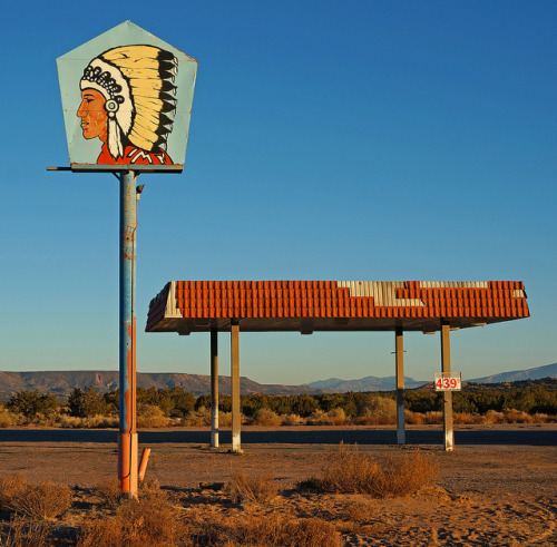 BIG CHIEF 439 on Flickr.Abandoned Landmark ~ BIG CHIEF ~ Zia Pueblo on 550 Hwy between Bernalillo & Cuba, New Mexico USA ~ Copyright ©2012 Bob Travaglione ~ www.FoToEdge.com