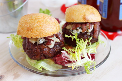 Cabernet and Gorgonzola Burger Sliders