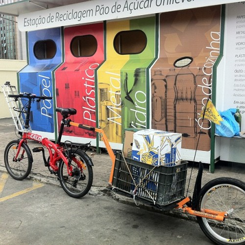 Ciclo-reciclagem ( Photo by rfalzoni • Instagram)