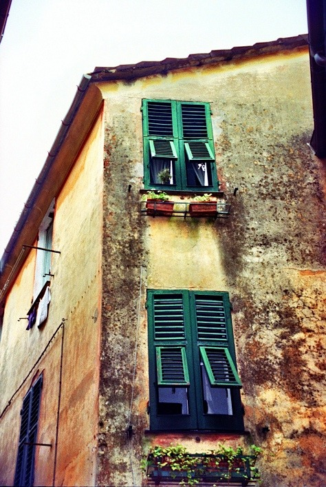 | ♕ |  Windows in Santa Margherita  | by © almasic