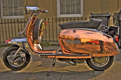 scooterculture:  kru251:  copper and chrome Lmbretta GP  Gorgeous