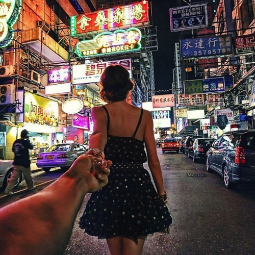 radicalhomo:  Photographer's girlfriend leads him around the world. oh my god this is so beautiful