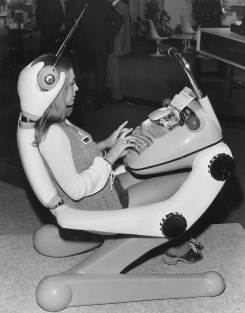 1970s:  Typist of the Future