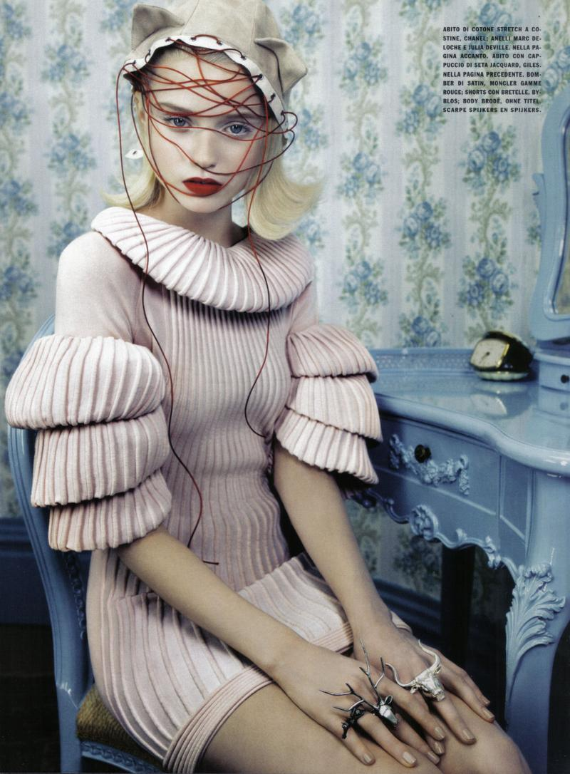 'neo-romantic': abbey lee kershaw by emma summerton for vogue italia june 09