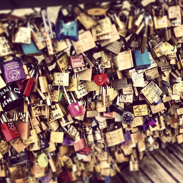 Locks of Love ❤ (à Pont des Arts)