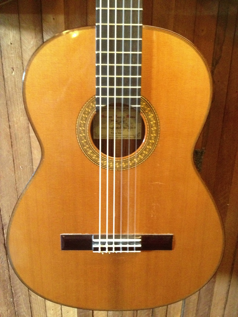 German Vasquez Rubio Used w/Case Made in Spain Rosewood/Cedar Price: $2500.00