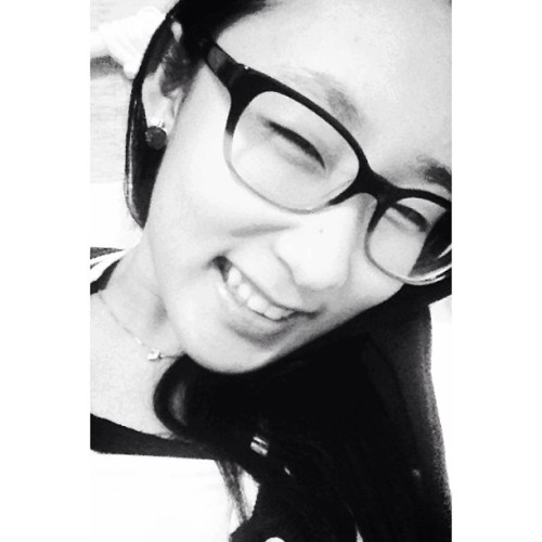 🐼🍙⚽ - Yes my eyes are open 😊 #selfie #selca #asian #smalleyes #eyesmile #amikoreanenough #instagood #instamood #potd #kawaii #desu #blackandwhite