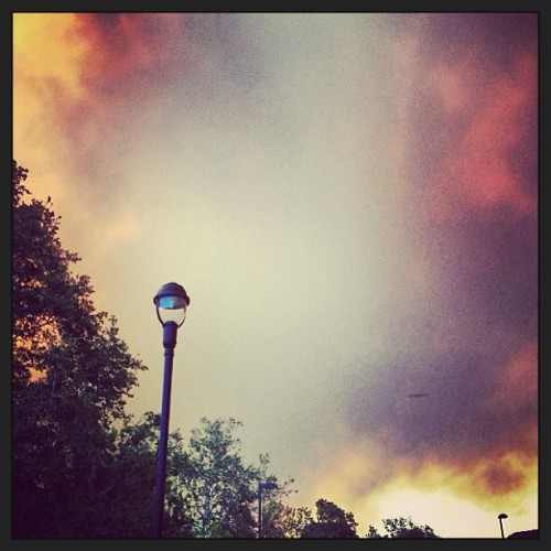 #pray for #csuci #fires #camarillo #ventura #smokefilledskies #unfortunate